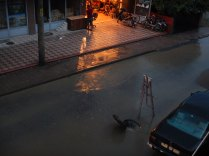 Painting to mark manhole, 17 Sept 14
