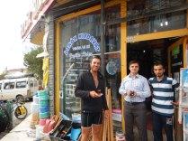 DIY shop cay in Bafra, 25 Sept 14