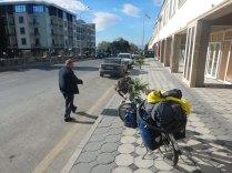 Morning fans in Balakan, 18 Oct 14