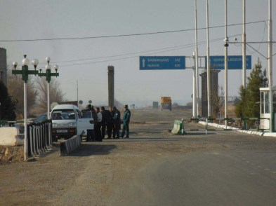 Typical Uzbek checkpoint