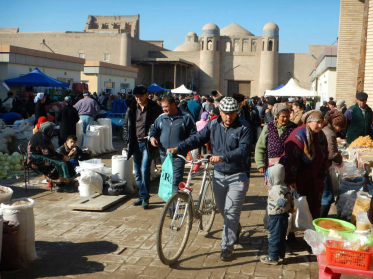 Khiva market hustle and bustle
