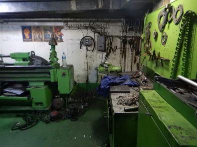 Another deserted workshop