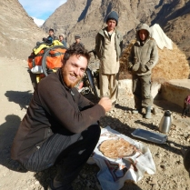 Bread and cay in Afghanistan, 11 Dec 14