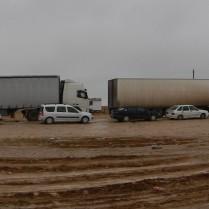 Long truck queue at the Uzbek border, 3 Nov 14