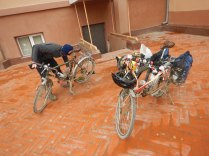 Bike maintenance in Nukus, 7 Nov 14