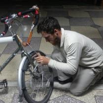 Brake repairs, Nurek, 27 Nov 14