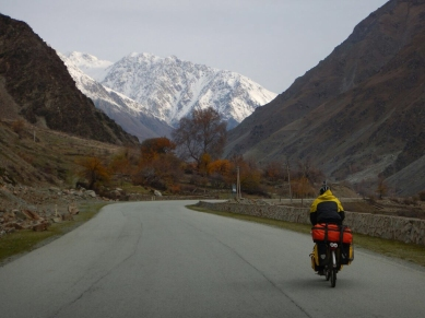 Cycling towards the white caps, Dec 2014