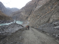 Laurence pushing by the Panj, Dec 2014