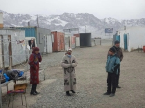 Murghab market - shopping from containers, 22 Dec 14