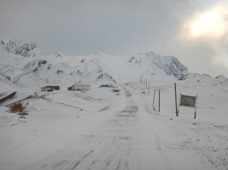 The road maintenance hut at Ak-baital Pass, 23 Dec 14