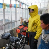Contemplating the wind at Qinggenhecun, 28 Jan 15