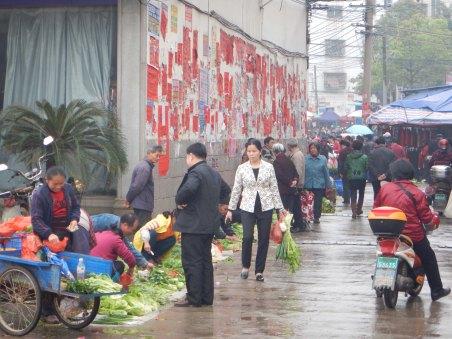 Market scene in a big town in Hunan